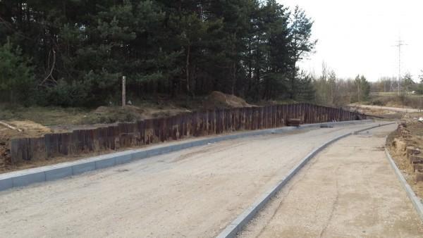 budowa drogi i chodnika