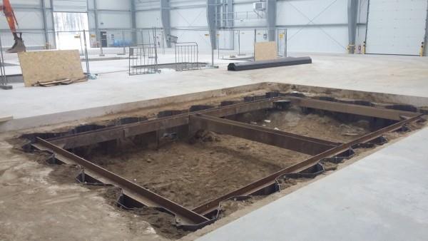 wykopy fundamentów w hali