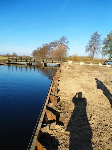 realizacja budowy lini brzegowej